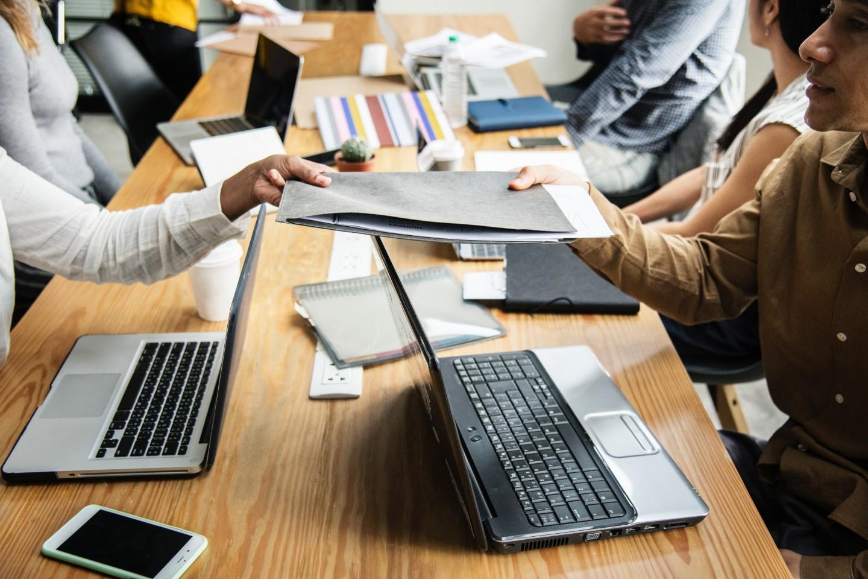 IT darba devēju vidū nav vienots viedoklis – kas īsti ir jāzin jaunajam censonim